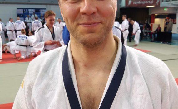 Kuvassa tuore Pohjoismaiden mestaruuskisojen hopeamitalisti Marko Hiltunen